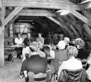 Premiere! Mitgliederversammlung im ersten Stockwerk